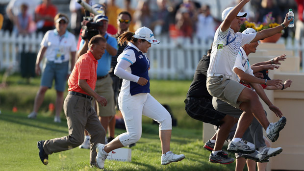 Inbee Park celebrates her win at the Kraft Nabisco Championship