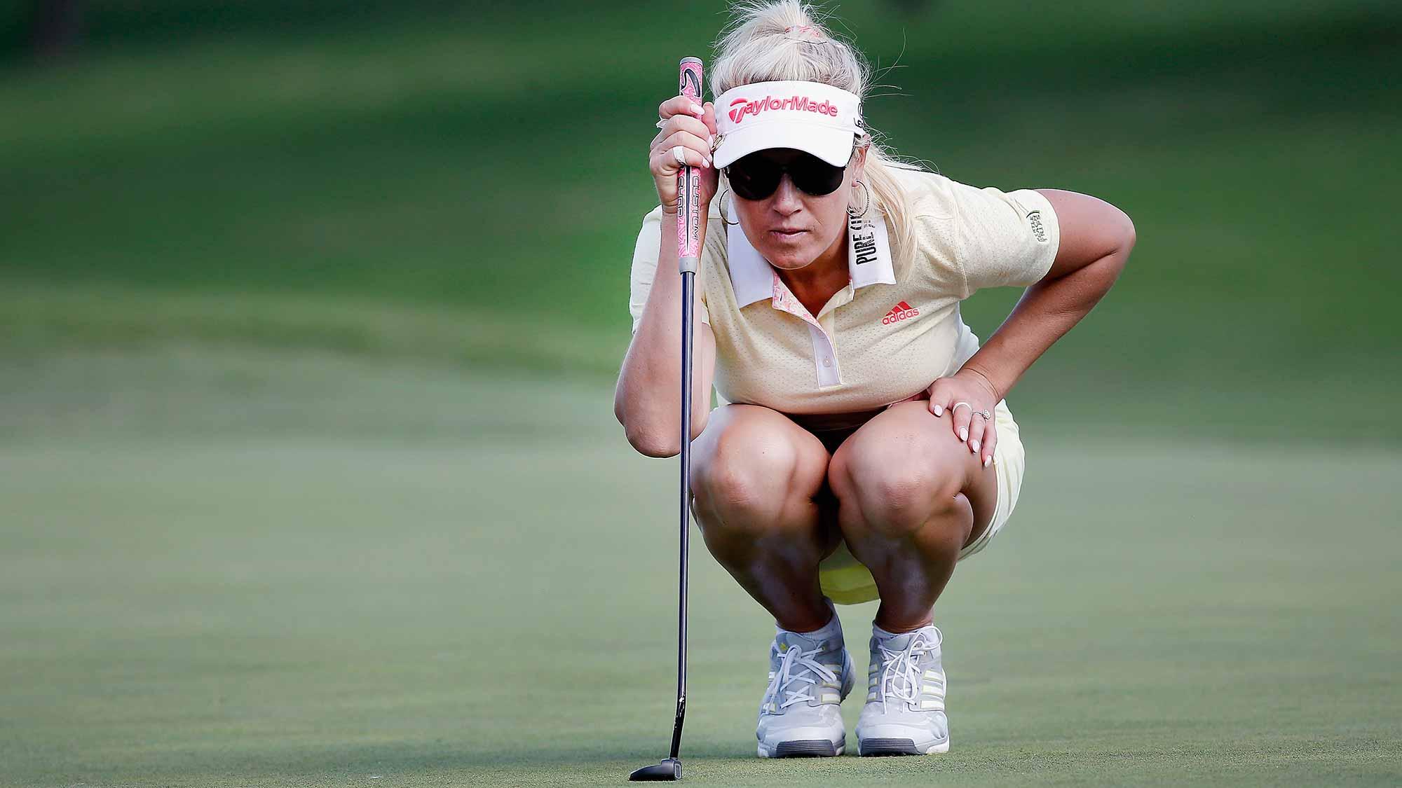 Natalie Gulbis Shares Tip On Making Three-Footers | LPGA ...