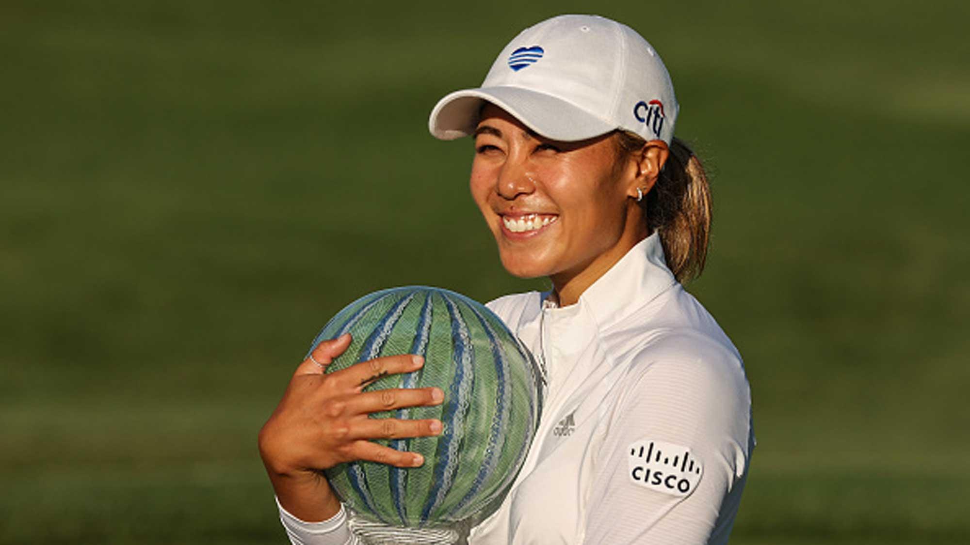 Sirak Kang Picks Back Up | LPGA | Ladies Professional Golf Association