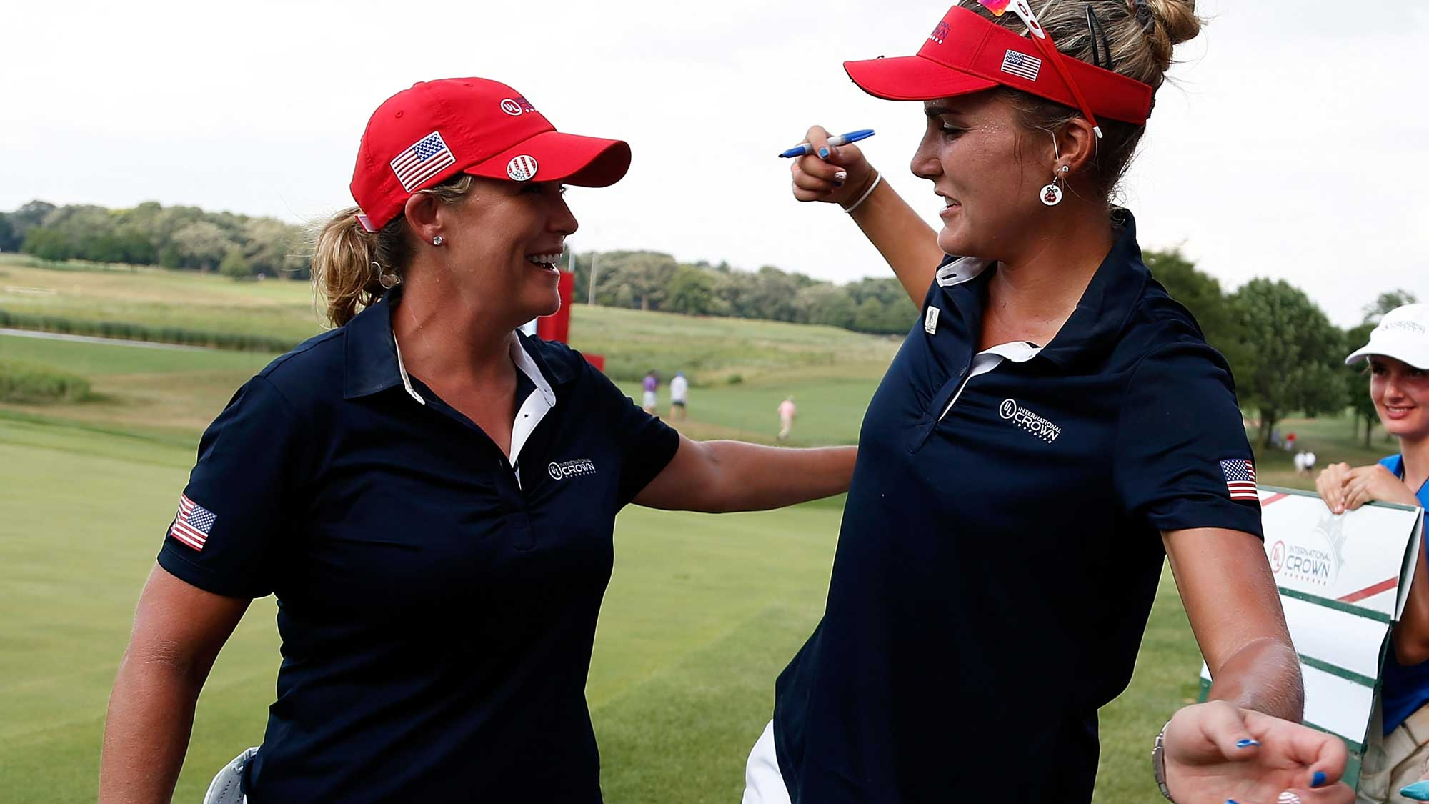 (L) Cristie Kerr and (R) Lexi Thompson of the United States celebrate after winning the 2016 UL International Crown