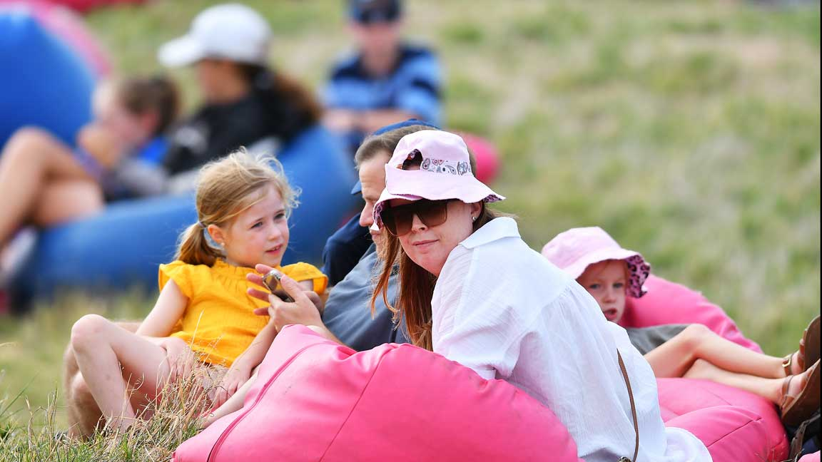 Some of the spectators at the third round play at 2020 ISPS Handa Women's Australian Open