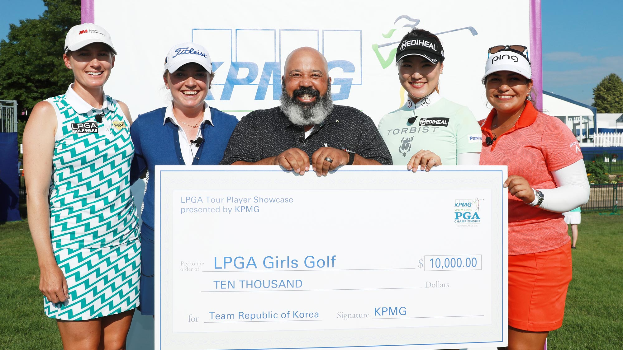 (Left to right) Sarah Jane Smith, Bronte Law, ESPN's Michael Collins, So Yeon Ryu and Lizette Salas pose after the KPMG Skills Challenge