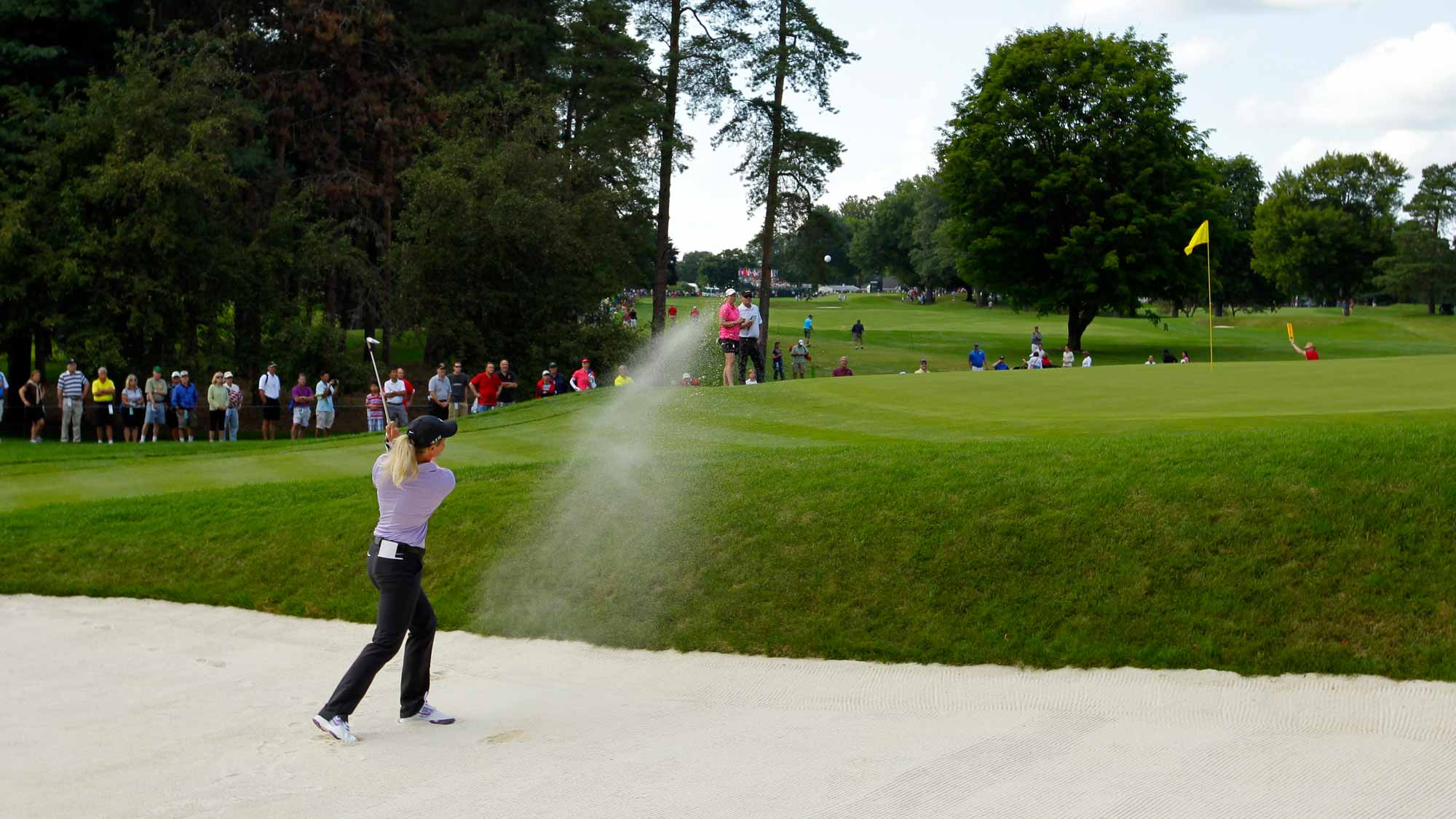 Suzann Pettersen hitting from bunker