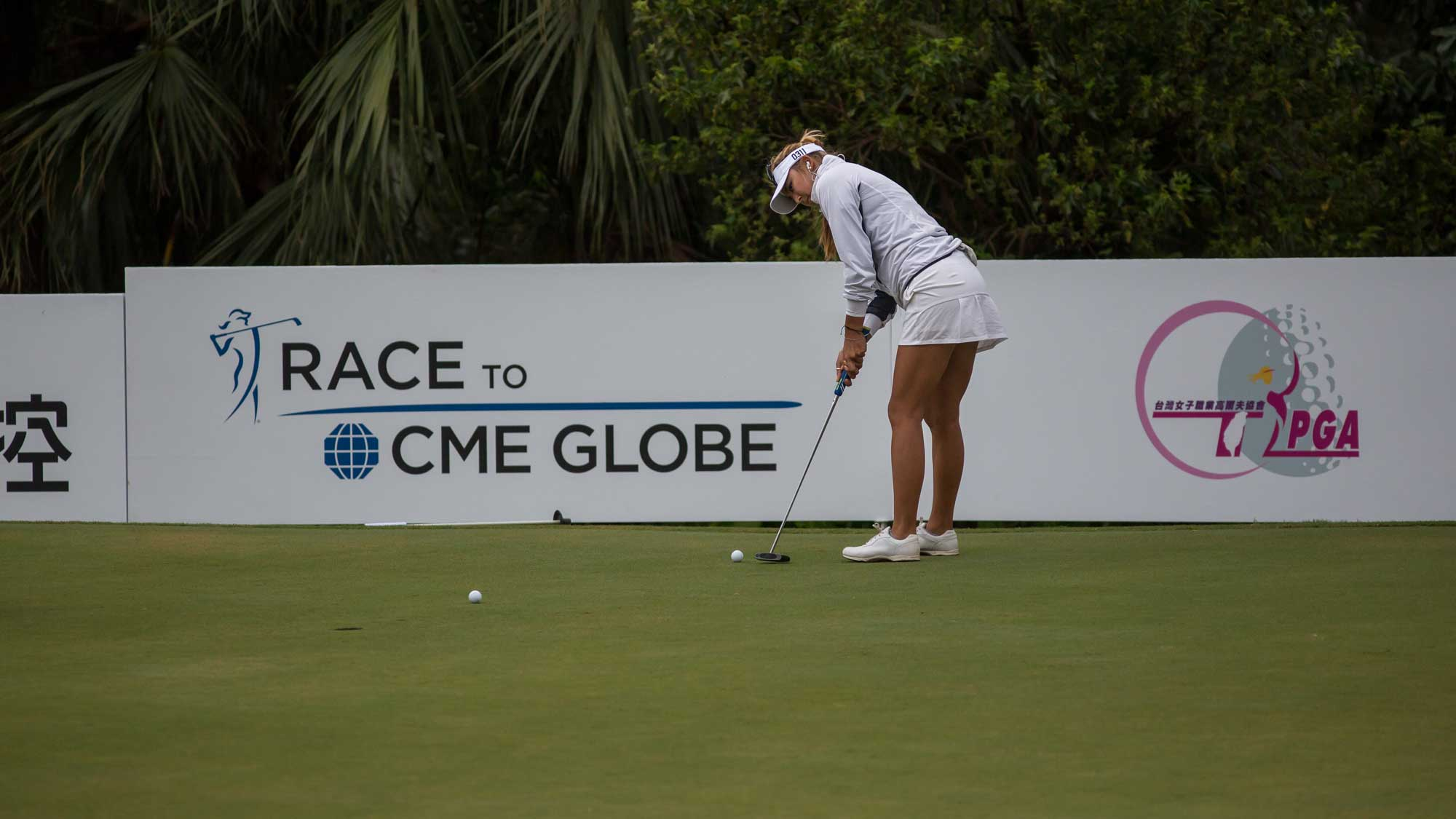 Alison Lee practise before competition in the Fubon Taiwan LPGA Championship