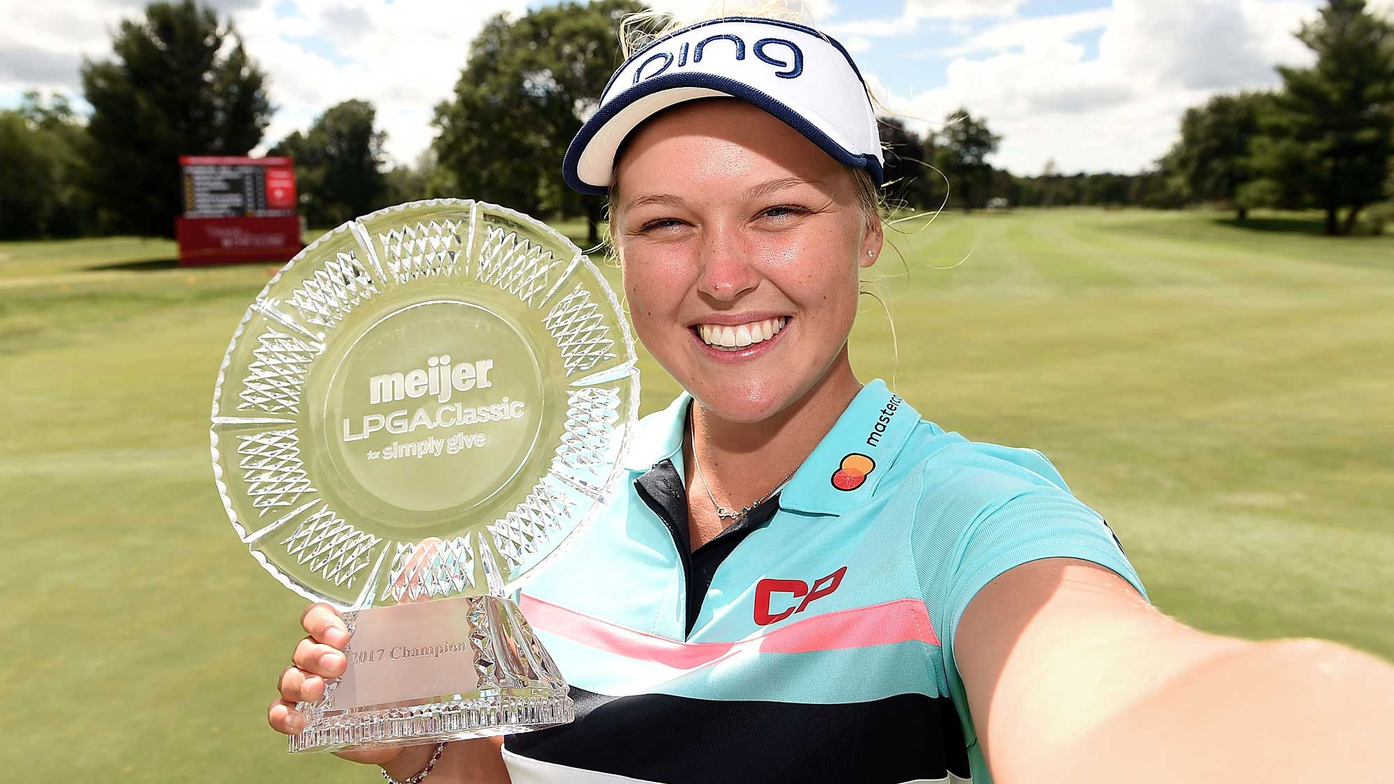 brooke henderson defends women u0026 39 s pga championship