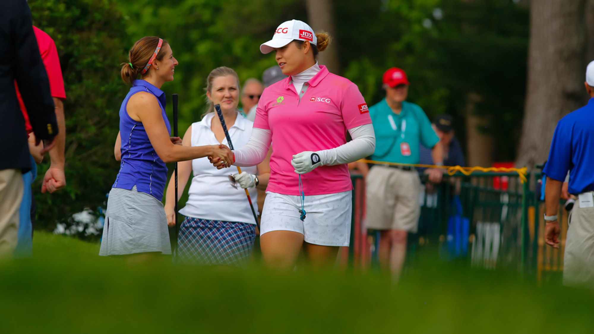 Ariya Jutanugarn Meets Her Pro-Am Partners in Grand Rapids