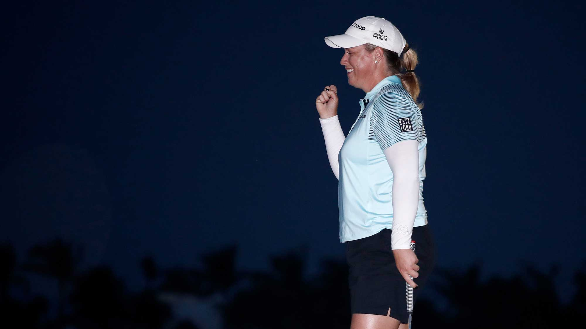 Brittany Lincicome celebrates after putting out on the 18th hole to win the Pure Silk Bahamas LPGA Classic