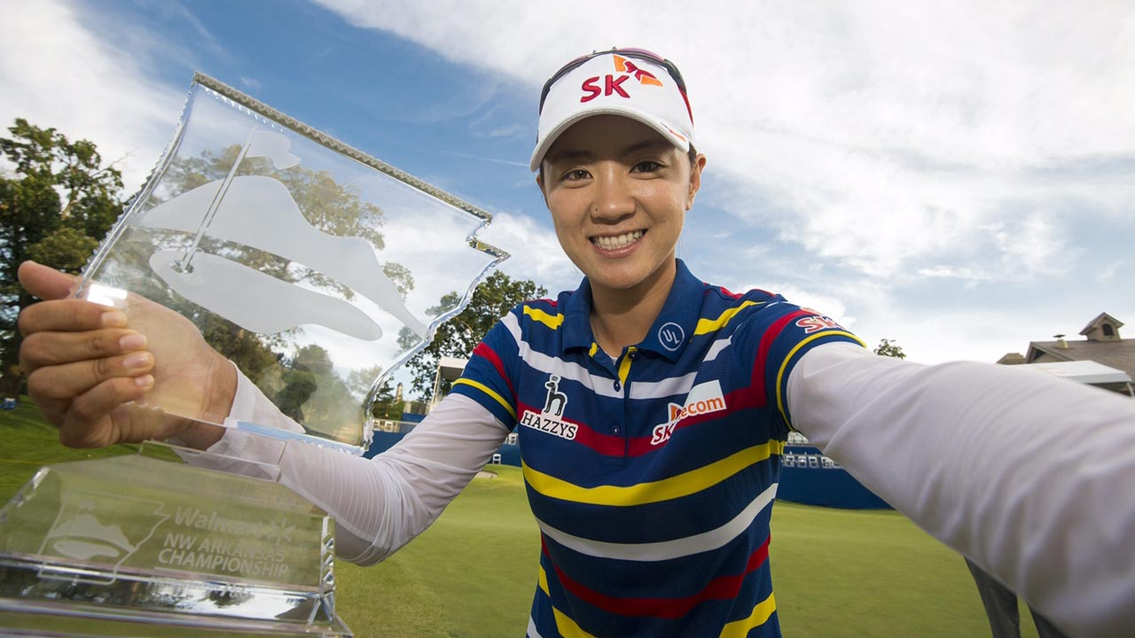 Na Yeon Choi Taking a Winner's Selfie with the Walmart NW Arkansas Championship Trophy