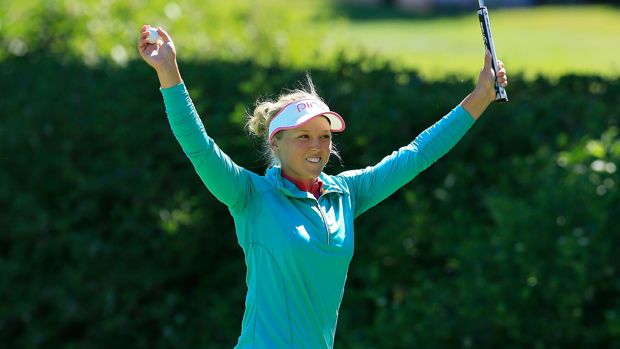 Brooke Henderson Shows Off Her Juggling Skills
