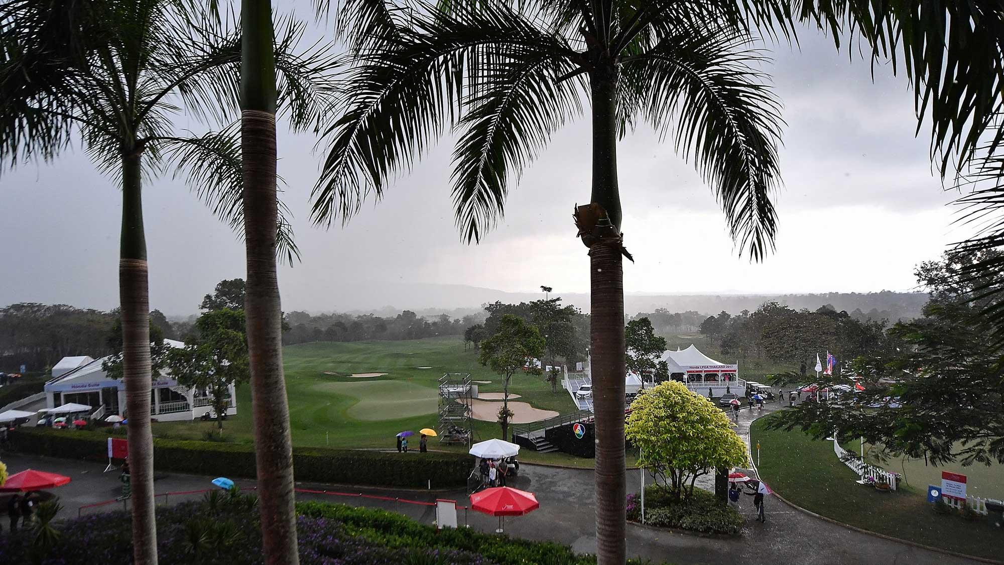 2017 Honda LPGA Thailand Round 2 Suspended
